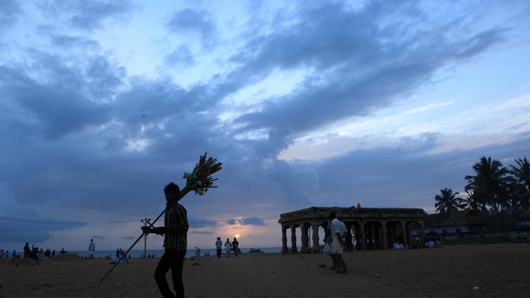 Shankhumukham Beach